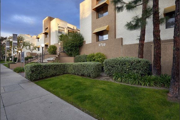 mysuite-at-superior-furnished-apartments-northridge-product-property-exterior