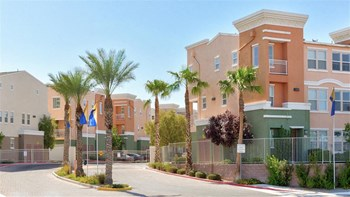 1281 Galleria Drive 2-3 Beds Apartment for Rent Photo Gallery 1