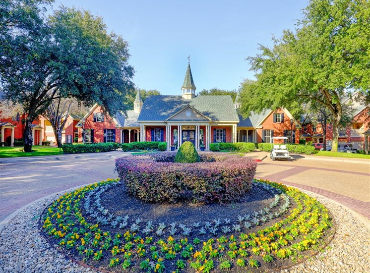 English perennial garden of Saddle Brook Apartments in North Dallas, TX, For Rent. Now Leasing 1, 2  and 3 bedroom apartments.