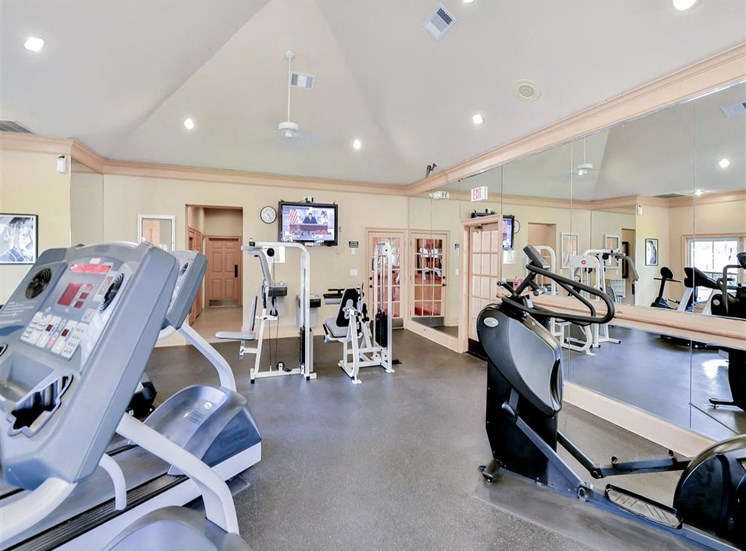 Fitness center Saxony at Chase Oaks in North Plano, TX, For Rent. Now leasing 1, 2 and 3 bedroom apartments.
