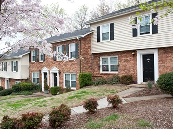 300 Pelham Rd. 2-3 Beds Apartment for Rent Photo Gallery 1