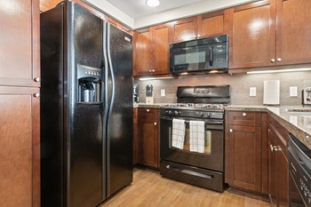 380 East Bluebird Privado 2-3 Beds Apartment for Rent Photo Gallery 1