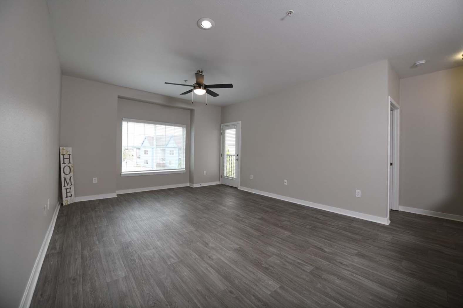 Engineered Wood Flooring at Domaine at Villebois Apartment Homes, Oregon, 97070