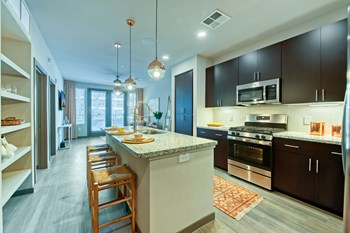 3601 N Central Ave 1-2 Beds Apartment for Rent Photo Gallery 1