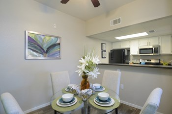 501 East Lake Mead Parkway 3 Beds Apartment for Rent Photo Gallery 1