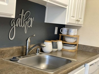 1540 West 8Th St. 1-2 Beds Apartment for Rent Photo Gallery 1