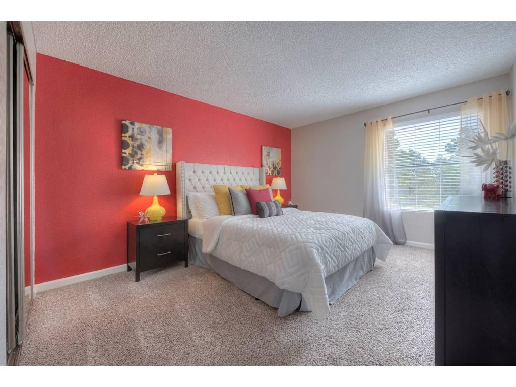 Well Lite Bedroom at Vizcaya Hilltop, Reno, NV, 89523