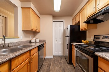 8640 SE Causey Avenue 1-3 Beds Apartment for Rent Photo Gallery 1