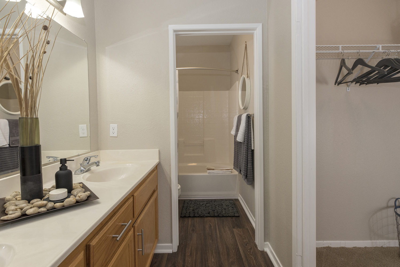 Bathroom With Bathtub at Atwood Apartments, California, 95610
