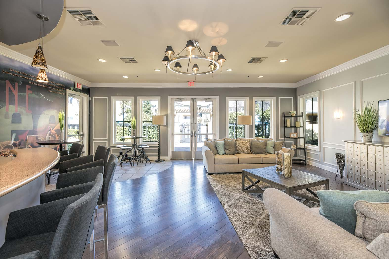 Posh Lounge Area In Clubhouse at Waterstone Apartment Homes, Tracy