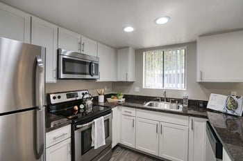 4909 West Joshua Blvd 1-3 Beds Apartment for Rent Photo Gallery 1