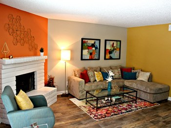 690 East Patriot Blvd. 3 Beds Apartment for Rent Photo Gallery 1