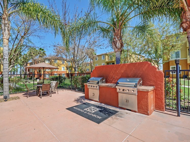 Outdoor Grilling Pavilions, at Missions at Sunbow Apartments, CA, 91911