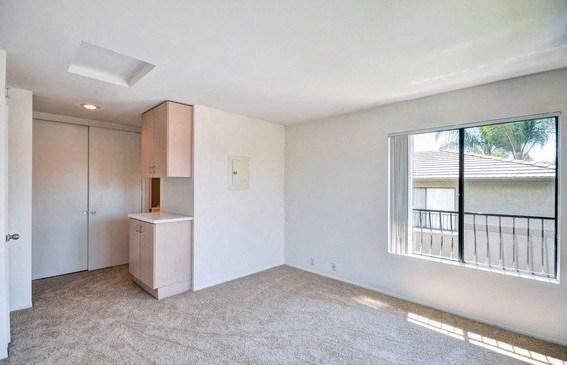 Living Room Vacant Unit