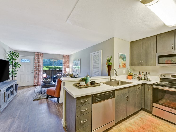 Sprawling Layouts, at Park Pointe, 2450 Hilton Head Place, CA