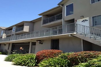 15059 Burbank Blvd. 2 Beds Apartment for Rent Photo Gallery 1