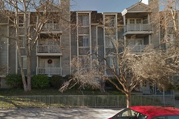 11211 Greenlawn Ave/4751 Sepulveda Blvd. 2 Beds Apartment for Rent Photo Gallery 1