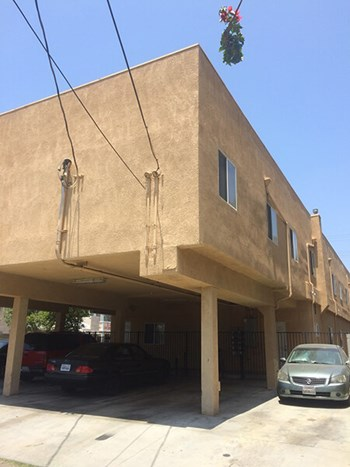 15164 Roscoe Blvd 2 Beds Apartment for Rent Photo Gallery 1