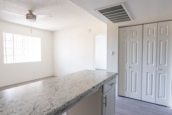 5775 W Roosevelt Street Studio-2 Beds Apartment for Rent Photo Gallery 1
