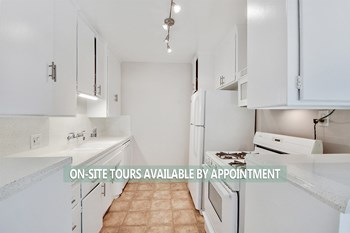 321 South Doheny Drive 1-2 Beds Apartment for Rent Photo Gallery 1