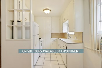 1316-1326 North Hayworth Avenue 1 Bed Apartment for Rent Photo Gallery 1