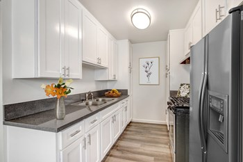 15441 Nordhoff St 1-3 Beds Apartment for Rent Photo Gallery 1
