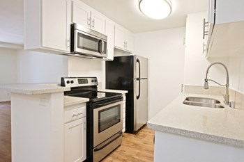 4701 Natick Ave Studio Apartment for Rent Photo Gallery 1