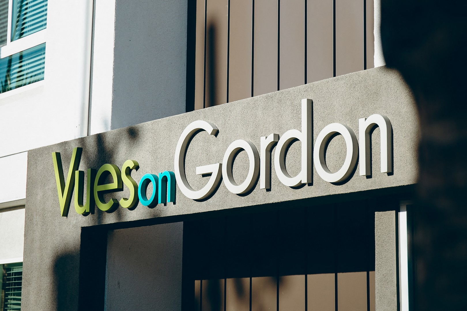Vues on Gordon Luxury Apartments in Hollywood, CA -Exterior