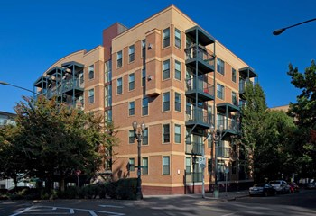 1701 Southwest Columbia Street Studio-2 Beds Apartment for Rent Photo Gallery 1