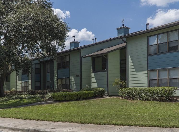 well-kept apartment homes and professional landscaping at The Retreat at Lakeland Apartments, Lakeland, FL, 33809