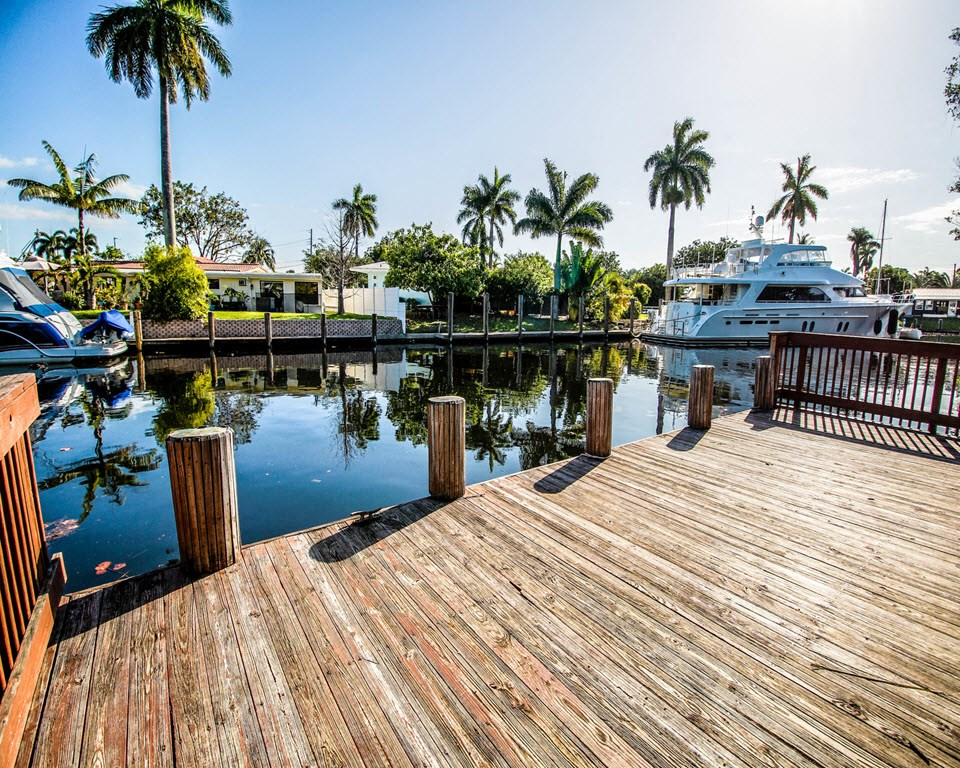 New River Cove Apartments | Waterfront Living