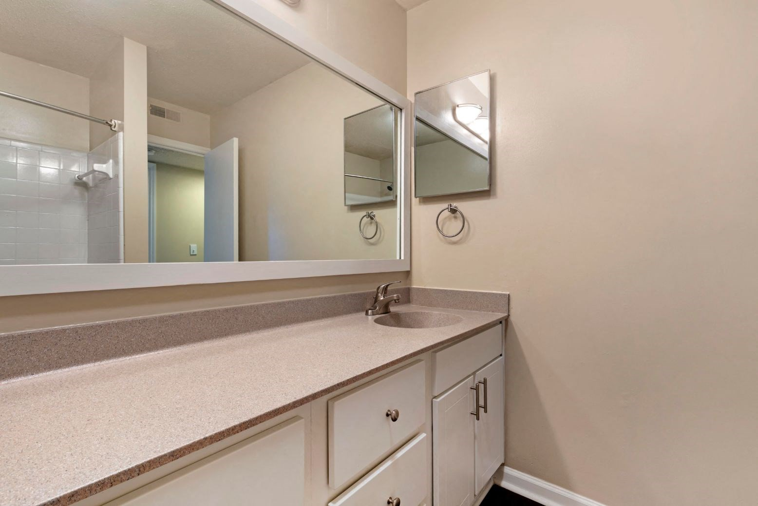 The Brook Apartment Homes| Bathroom