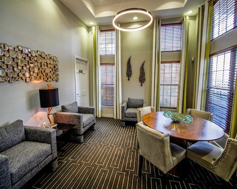 New River Cove Apartments | Renovated Living Rooms With Lavish Interiors