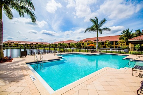 Oasis Delray Beach Apartments | Swimming Pool