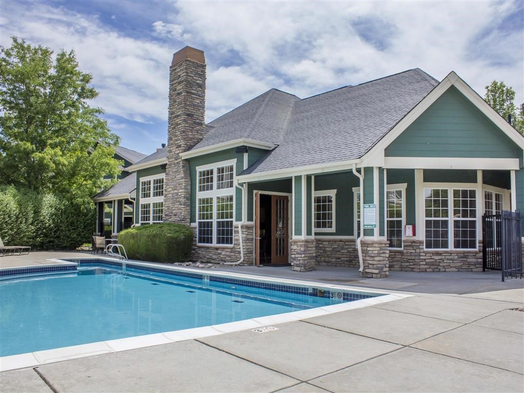 Eagle Ridge Apartment Homes | Clubhouse and Swimming Pool