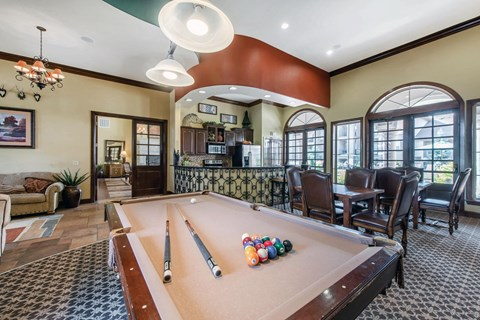 Talon Hill Apartments | Pool Table