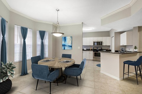 The Estates at Wellington Green Apartments | Dining Room
