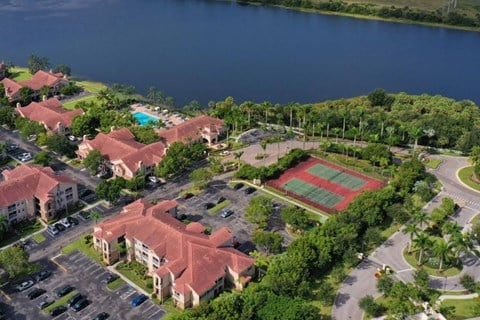 The Estates at Wellington Green Apartments   Aerial View