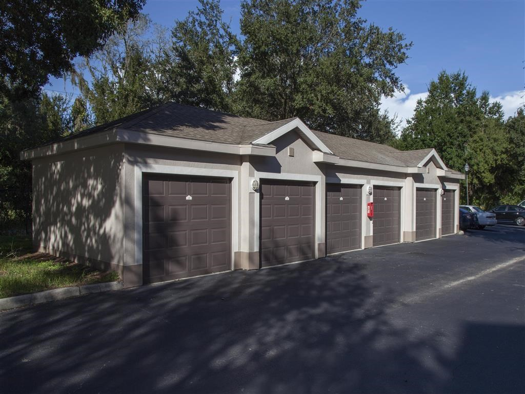 The Legends at Champions Gate | Apartments for Rent in Champions Gate, FL | Detached Garages
