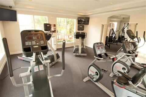 Miramar Lakes Apartments | 24-Hour Fitness Center
