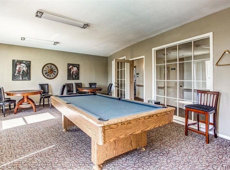 Entertainment Clubhouse with pool table