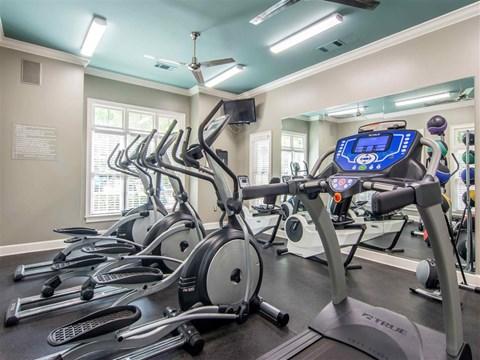 Fitness Center | The Retreat at Kedron Village Apartment Homes Peachtree City, GA