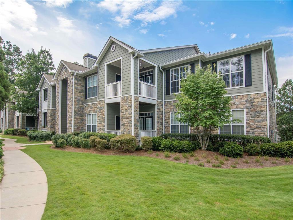Exterior | The Retreat at Kedron Village Apartment Homes Peachtree City, GA