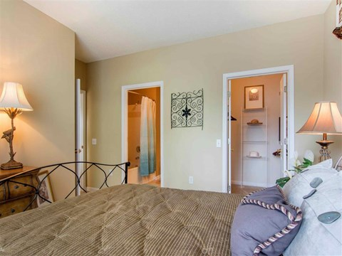 Bedroom | The Retreat at Kedron Village Apartment Homes Peachtree City, GA