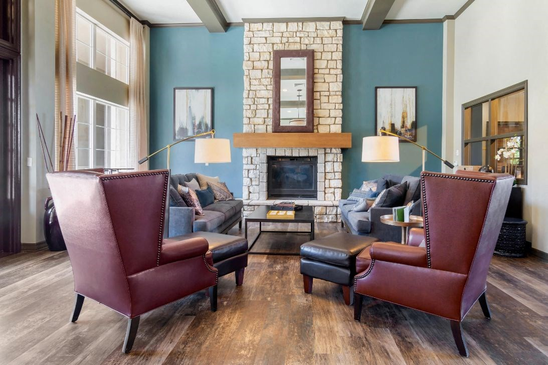 Legacy Heights Apartments | Clubhouse and Resident Lounge Area