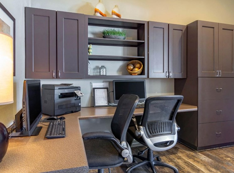 Legacy Heights Apartments | Resident Business Center