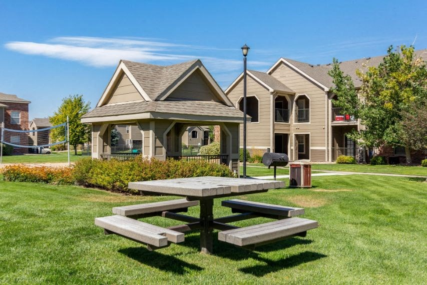 Legacy Heights Apartments | Picnic Area and Gazebo