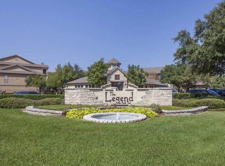 The Legend at Park Ten|Entrance