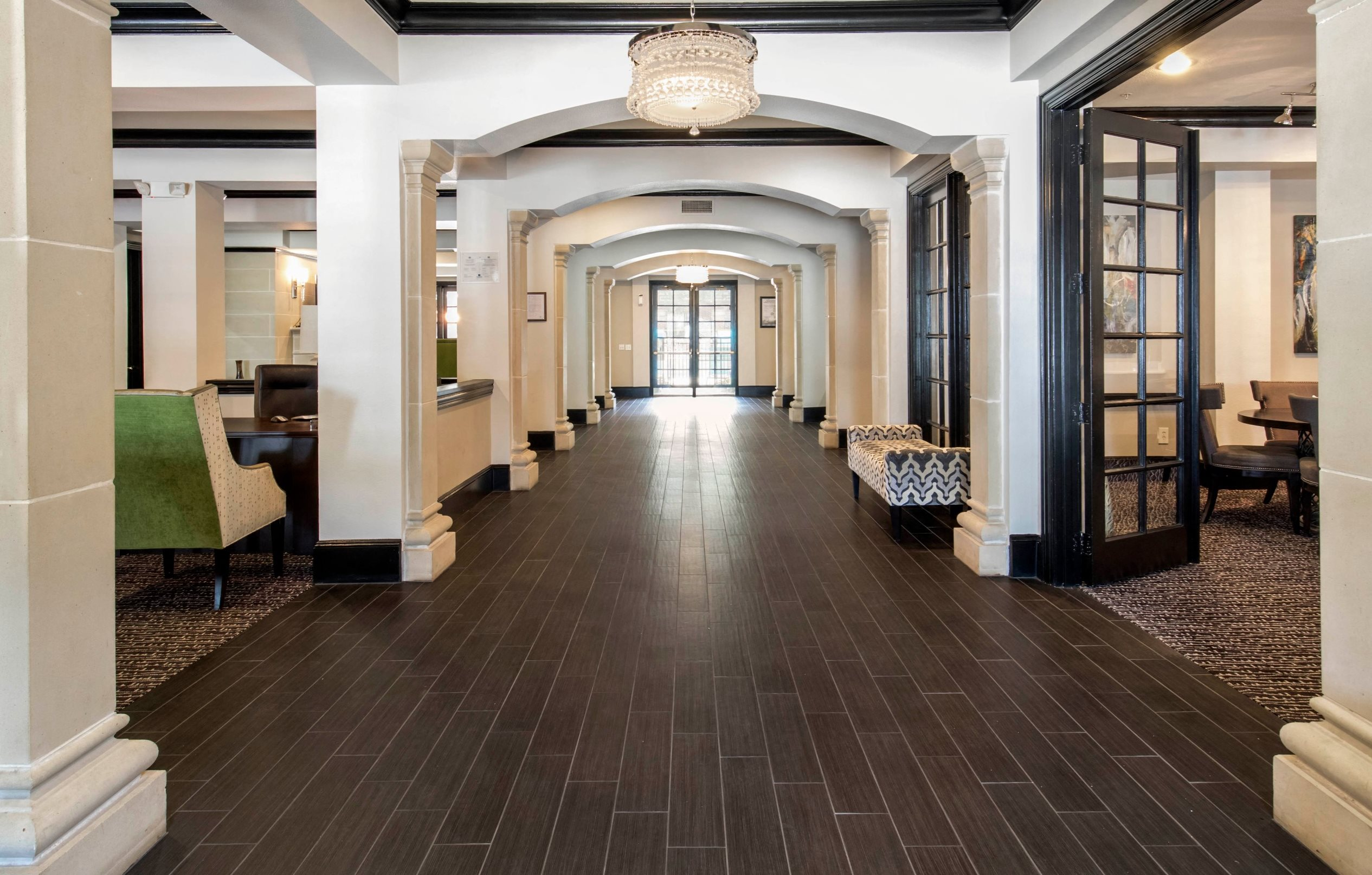 The Lincoln at Towne Square Apartments | Apartments in ...