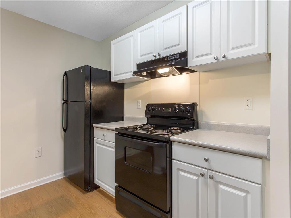 Kitchen   The Grayson Apartment Homes Charlotte, NC